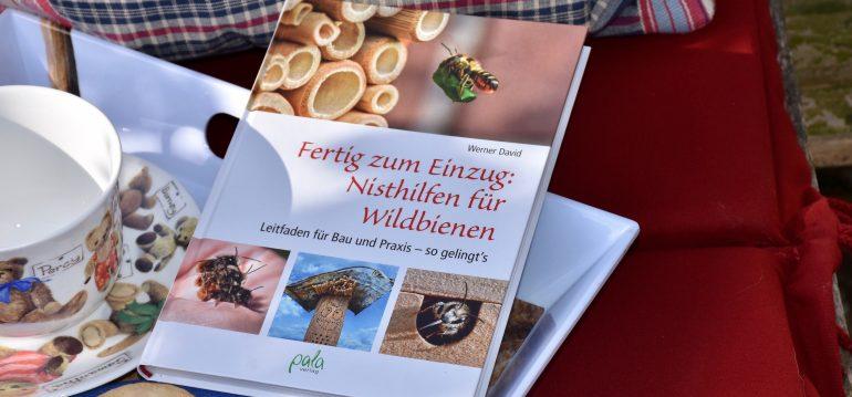 Buchkritik - Nisthilfen für Wildbienen - frankskleinergarten