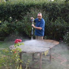 Kärcher - Gartentisch - Reinigung - Franks kleiner Garten