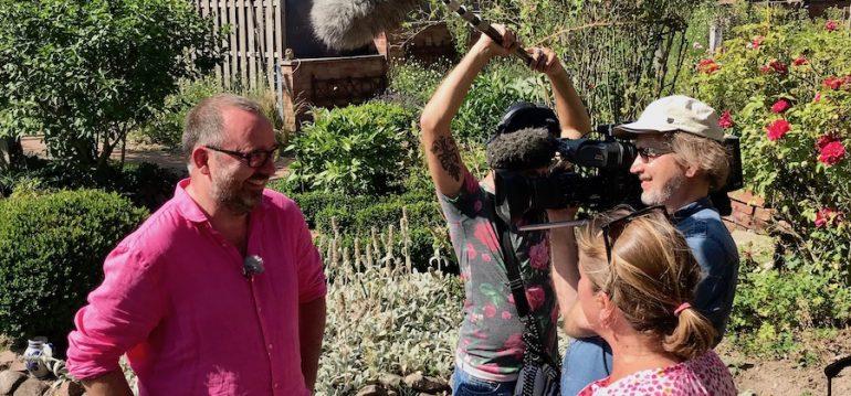 NDR - Nordtour - Dreharbeiten - Juli 2020 - Stars in Gummistiefeln - Franks kleiner Garten