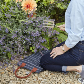 Kniekissen - Kneeler - Gestreift - Sophie Conrad - Burgon & Ball - Lifestyle - Gartenshop - Franks kleiner Garten