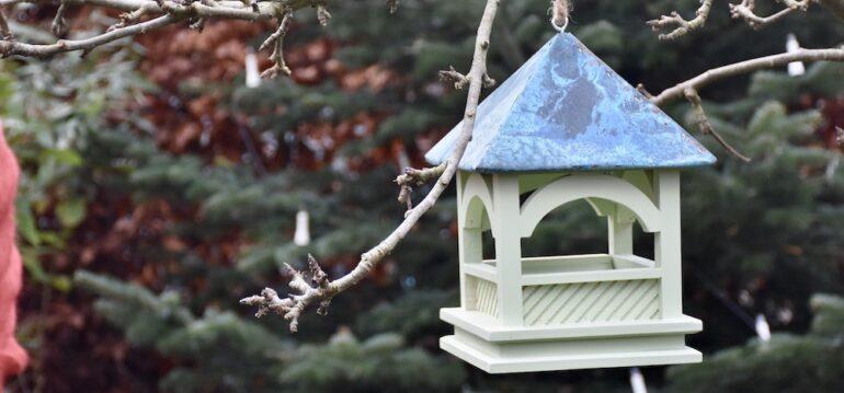 Weihnachten - Pavillion - Vogelhaus - Futterstation - England - Franks kleiner Garten